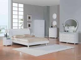 Oak for White Wood Bedroom Furniture to Get Durability | Eegloo King ...