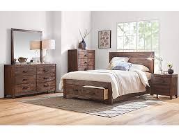 Warner Chestnut Queen Bed