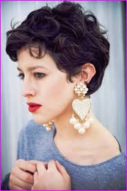 Short Hairstyles For Curly Hair Round Face With Pixie Haircuts Best