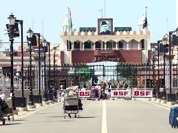 india pakistan news: Pakistan closes Wagah border with India for two weeks  amid coronavirus scare - The Economic Times