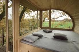 Modern Tree Living: Creative Treehouse Designs Plans