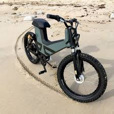 <b>New electric moped</b> combines scooter design and comfort with e ...