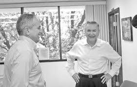 Ambos mayors parley at city hall | Local News Stories |  nogalesinternational.com
