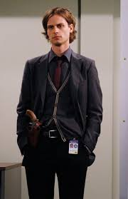 spencer reid glasses. it might not work on some people, but totally works him. and he certainly pulls off horn-rimmed glasses, as we saw in season one. spencer reid glasses