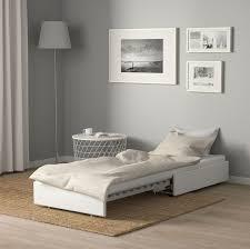 Full tutorial and more photos on mormorsglamour. Poltrona Letto Ikea Soluzioni Comode Pratiche E Salvaspazio Design Mag