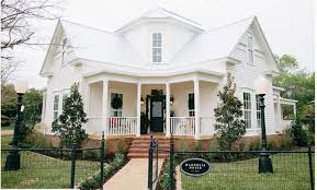 Magnolia House Bed and Breakfast Fixer Upper
