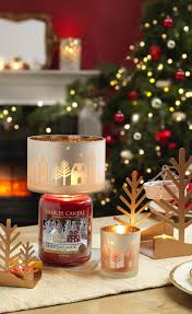 Yankee Candle Christmas Tree Lighting Everythingtheseasonismeanttobe Yankeecandle Yankee Candle