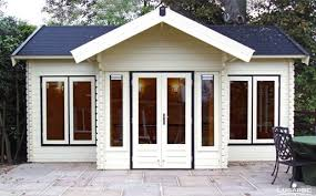 office in the garden. Plain The Lugarde Log Cabin Brooklyn BB08 Is A Big Log Cabin With Saddle Roof The With Office In Garden H