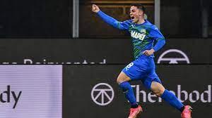 Giacomo Raspadori double stuns AC Milan as Sassuolo deal hammer blow to  Rossoneri title bid – Football Reporting