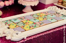 Baby Shower Tray Decoration Bubble and Sweet Best gender reveal baby shower cookie idea 51