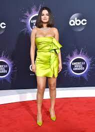 Selena Gomez: Selbstbewusste Badeanzug ...