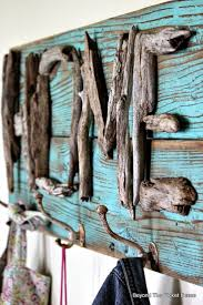 Driftwood Home Coat Hook http://bec4-beyondthepicketfence.blogspot.com/