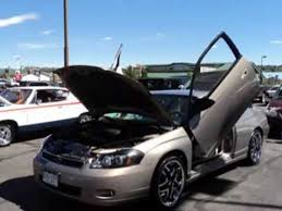 fully customized 2006 chevy monte carlo ltz w lambo doors
