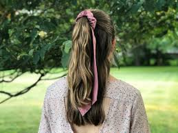 trendy diy hair scrunchies using
