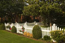 vinyl picket fence front yard. White Vinyl Scalloped Picket Fence. Maintenance Free Future Outdoors 972-576 · Front Yard Fence R