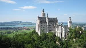 getting to neuschwanstein castle by public transport bus and train