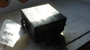 2005 2006 2007 ford f250 super duty fuse box underhood 6 8l 2005 2006 2007 ford f250 super duty fuse
