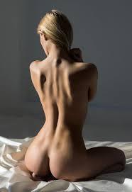 157 best Foto per disegni di anatomia images on Pinterest