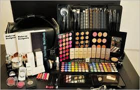 makeup kits offer get upto 80 off at home18