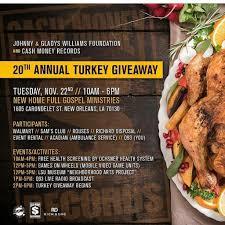 cash money x hotboy turk celebrates th annual turkey drive cash money and hotboy turk celebrates 20th annual turkey drive