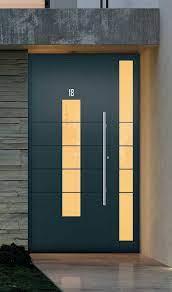 Porta de giro de lambri em alumínio com textura de madeira integral 210cmx80cm · 0 · r$ 2.299,85 oferta à vista no cartão. Porta De Entrada 80 Ideias E Modelos Para Inspirar O Seu Projeto