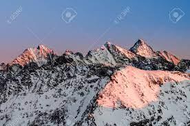 Immagini Stock - Paesaggio Montano Invernale, Polonia E Slovacchia, Wysoka  E Rysy - La Vetta Più Alta Della Polonia. Image 92811819.