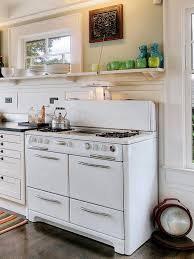 remodeling your kitchen with salvaged items