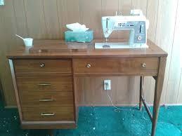 vintage singer 600 sewing machine in wood desk cabinet collectors weekly