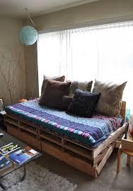 Muebles Y Objetos Hechos Con Palets De Madera  Pallets Sofa Cama Con Palets
