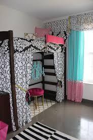 FREE Dorm Room Checklist Printable