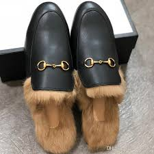 men luxury designer slippers brand fur slippers women genuine leather flat mules shoes metal chain casual shoes loafers outdoor slippers w1 orthopedic shoes