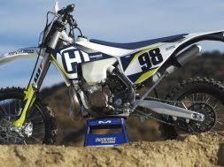 2018 honda 500 2 stroke.  stroke first ride 2018 husqvarna te250i fuel injected 2 stroke u2013 motocross action and honda 500 stroke