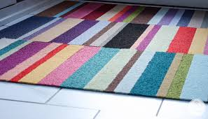 Cheerful kitchen rug ...