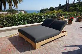 outdoor double chaise lounge ideas