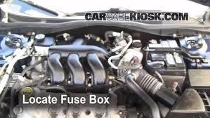 replace a fuse 2006 2009 ford fusion 2006 ford fusion se 3 0l v6