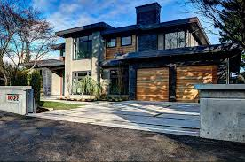 Single Modern House Vancouver Special Architectural Style
