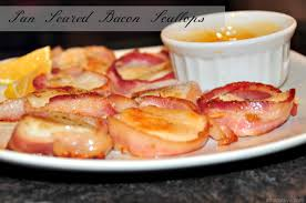 seared bacon wrapped scallops