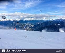 Piste da sci nel comprensorio sciistico di Plan de Corones. Alta Badia è la  parte più alta della Val Badia in Trentino Alto Adie regione, nord Italia  Foto stock - Alamy