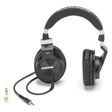 <b>AKG K271 MKII</b> Closed-Back 55-Ohm Around-The-Ear Studio ...