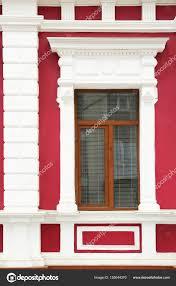 Altbau Mit Fenster Stockfoto Belchonock 155044370