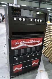 Vending Machine Auction New Seaga 48 Slot Food Snack Vending Machine Item BV48 SOL