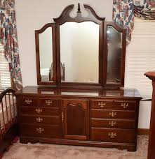 thomasville bedroom furniture discontinued