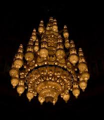 the second largest chandelier in the world