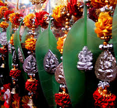 Small Picture Diwali Bazaars in Delhi Exploring Purani Dilli Delhi By Foot