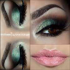 mint green smoky eye