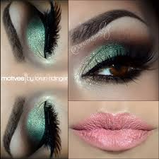 3 mint green smoky eye