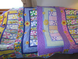 41 best quilt border ideas images on Pinterest | Quilt border ... & Main border around the quilt and the smaller one make rows in the quilt.  From the Quilt board. Adamdwight.com