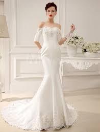 キレイなシルエットを際立てるマーメイドドレスに似合うヘアスタイル