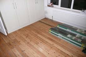 Image Of: How To Lay Laminate Floor Diy
