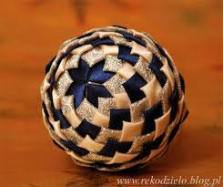 Rose Gold ornament -- a pretty no-sew quilted fabric ornament ... & Folded fabric ornament blue / cream More Adamdwight.com